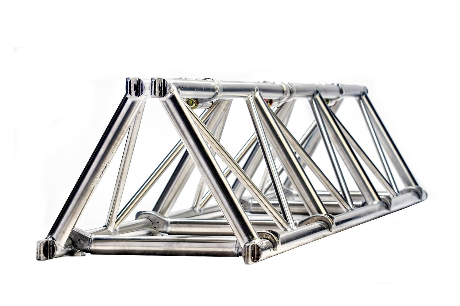 Folding triangle truss 20.5 spigoted