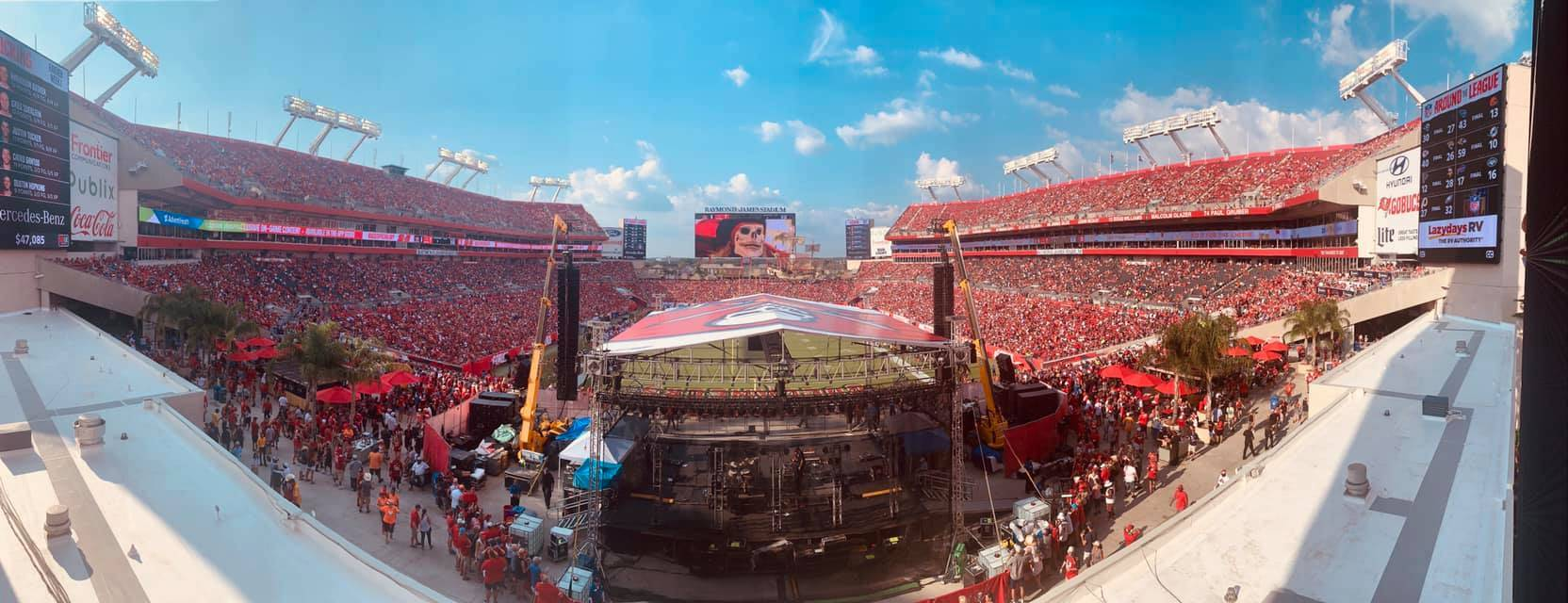 PRT Sunshade covers Buccaneers' opening game