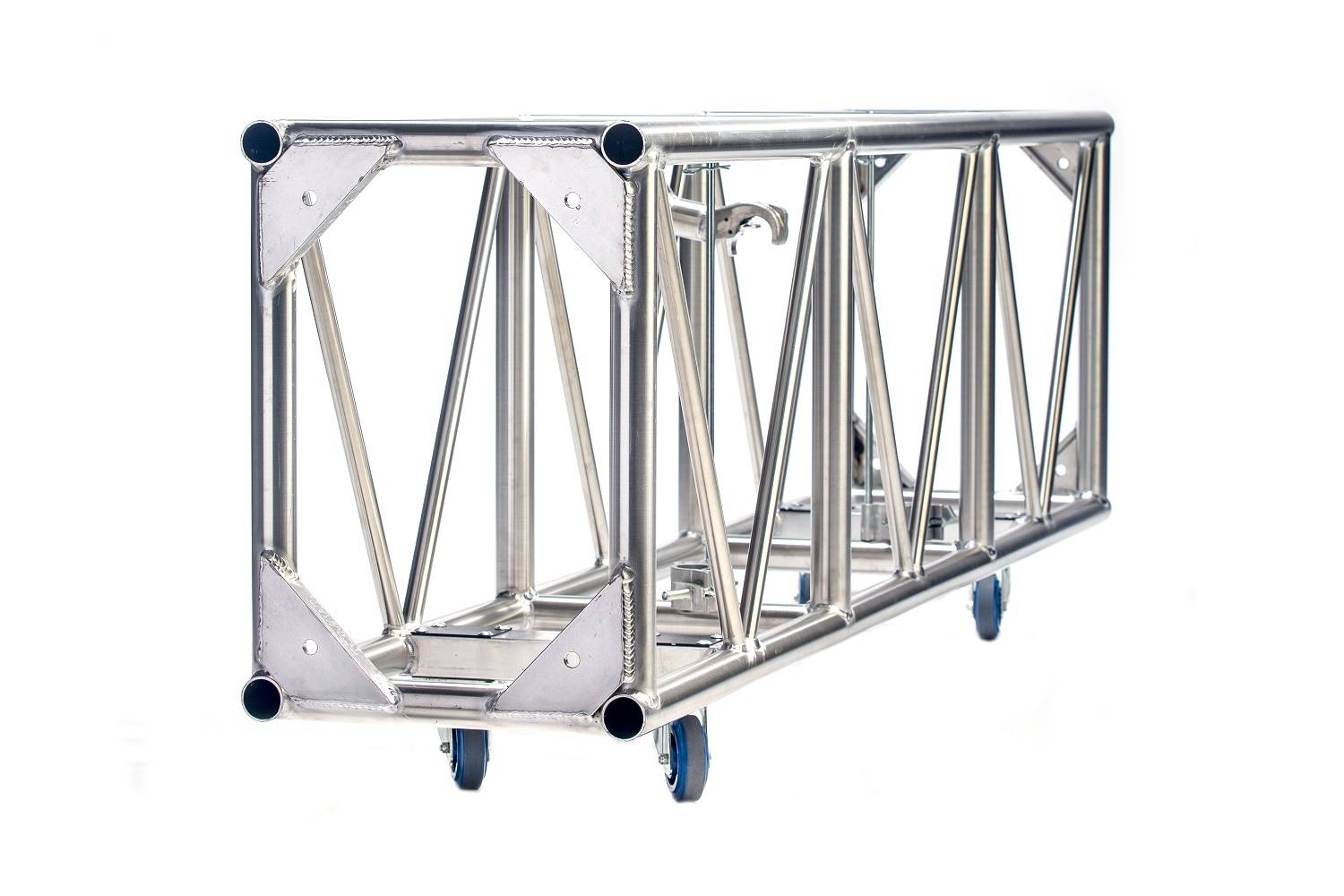 Single hung pre-rig truss 26 x 18.5 plated